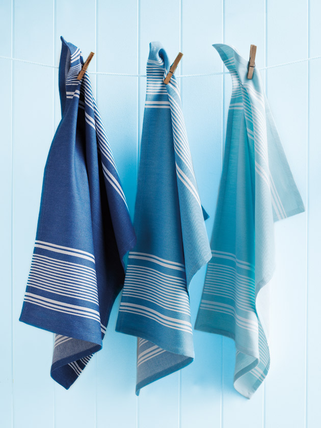 STYLISH AND PRACTICAL  TEA TOWEL SET – CAPRI BLUES