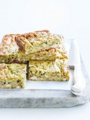 LUNCH BOX IDEAS ZUCCHINI SLICE