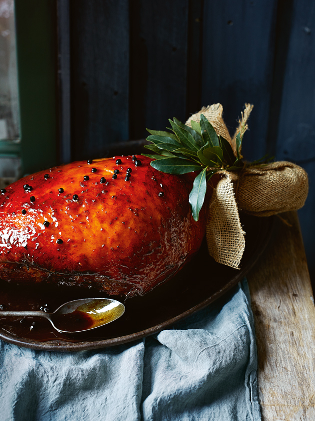 Juniper, blackcurrant and vincotto glazed ham