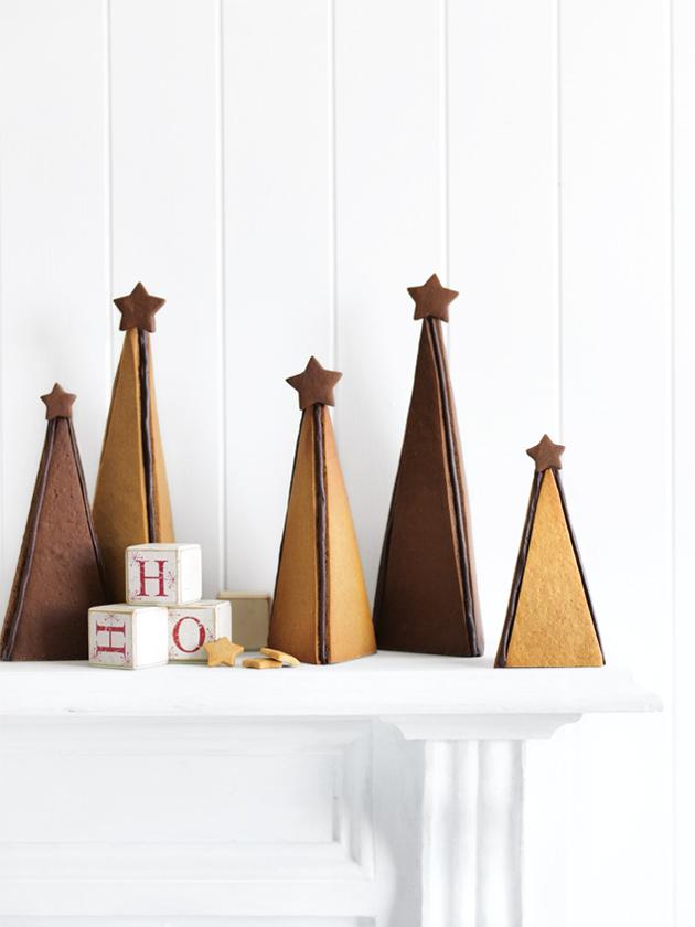 Mixed gingerbread christmas tree