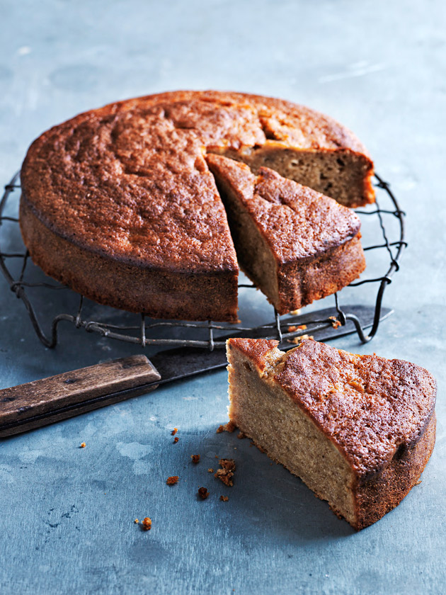 Easy Banana Nut Cake Recipe