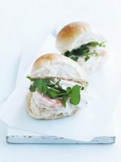 classic prawn roll