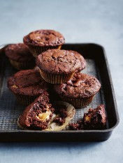 chocolate caramel muffins
