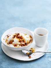 banana and almond porridge with burnt butter honey