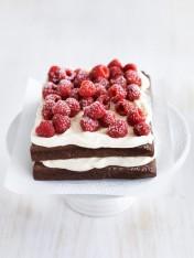flourless raspberry cloud cake