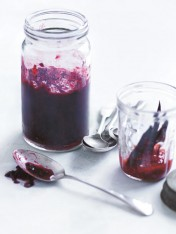 blackberry and vanilla chia jam