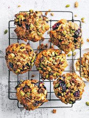blackberry, apple and granola muffins