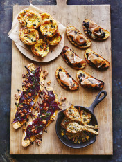 brie and caramelised onion tarts