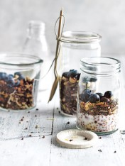 cacao and puffed quinoa granola