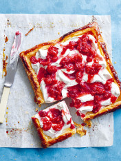 crushed raspberry tart