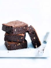 fudgy chocolate and hazelnut brownies