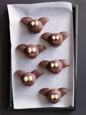 halloween marshmallow bats