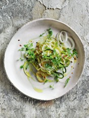 lemon and garlic squid with zucchini pasta