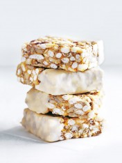 puffed brown rice and sunflower seed bars with cashew butter