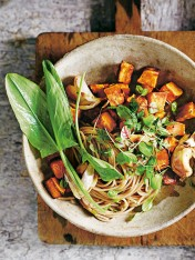 spelt spaghetti with roast garlic and sweet potato