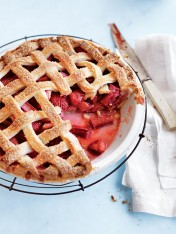 strawberry and rhubarb lattice pie