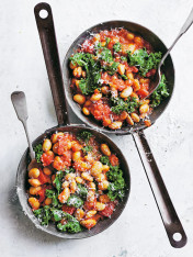tomato and kale butter beans