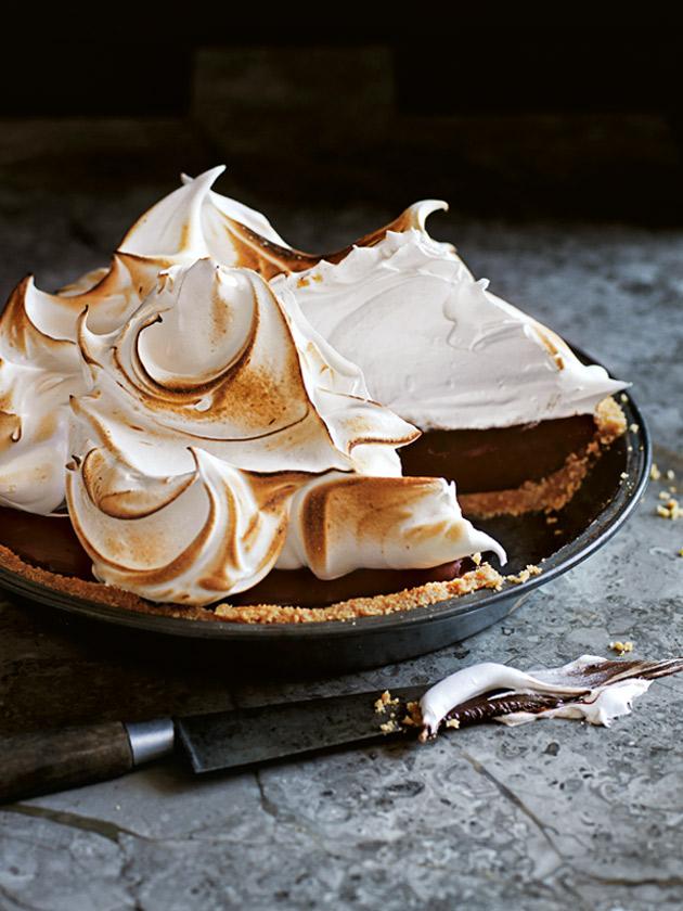 Chocolate Smore Meringue Pie Donna Hay