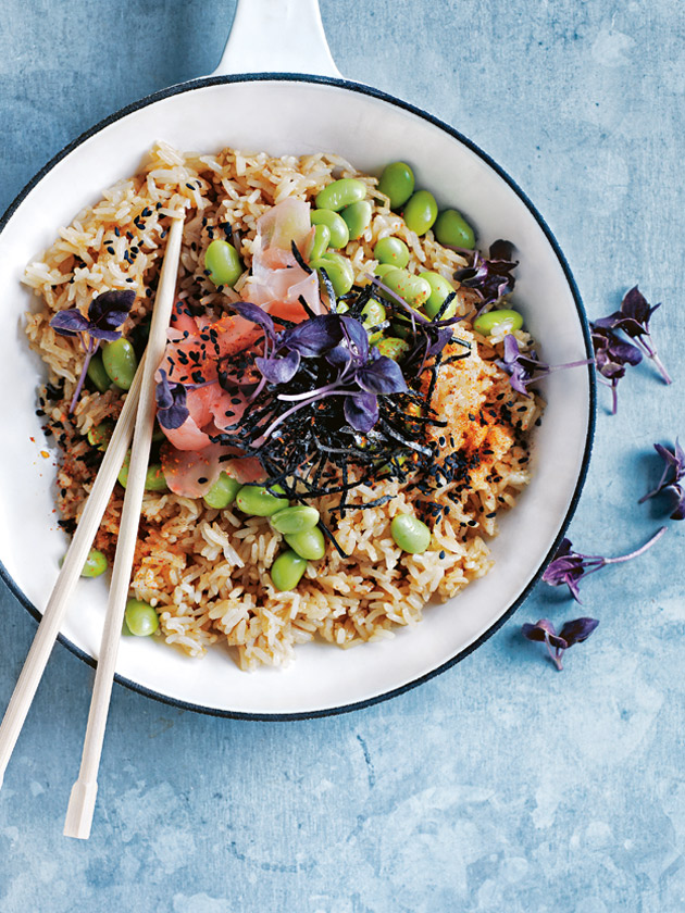 POKE BOWL JAPANESE-STYLE VEGETABLE FRIED RICE
