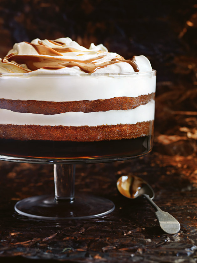 CHRISTMAS TRIFLES GINGERBREAD, SHERRY AND CARAMEL TRIFLE