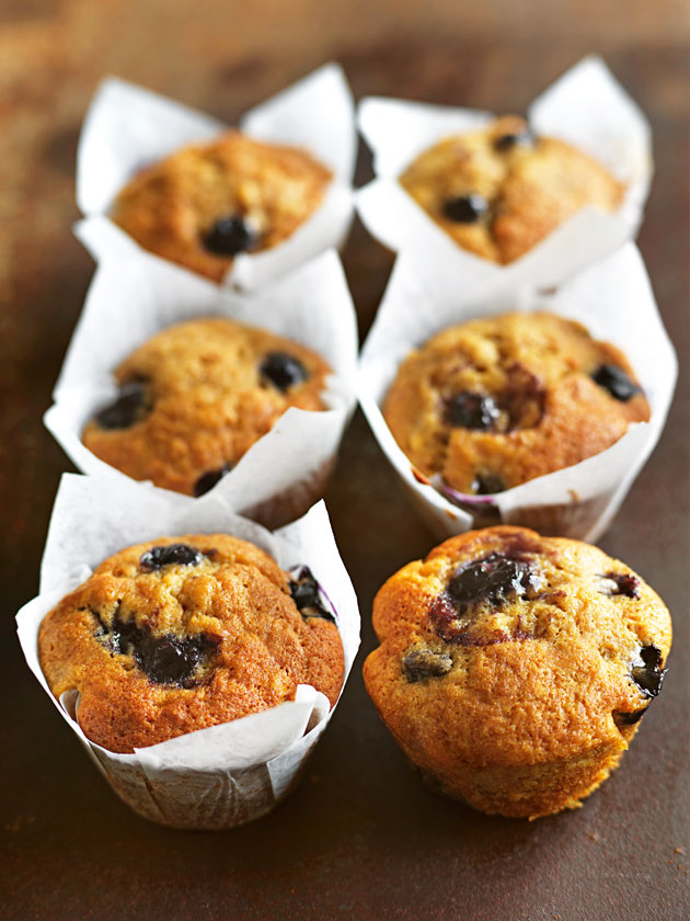 FOR THE KIDS BANANA AND BLUEBERRY MUFFINS